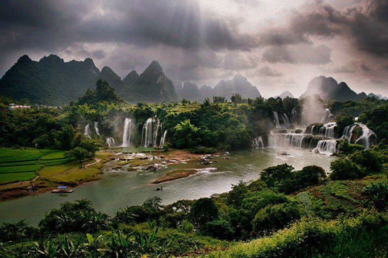 Nature 33-Border of Vietnam and China