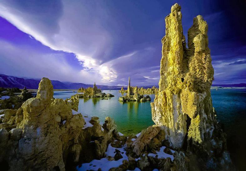 Nature 36-Mono Lake, California