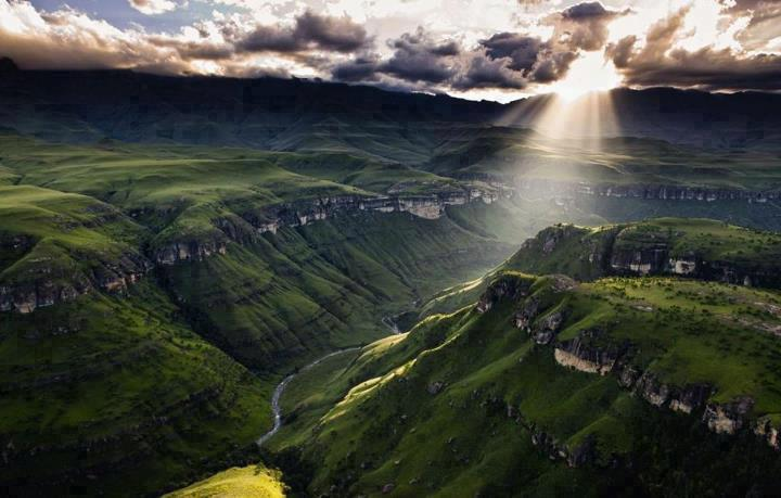 Nature 76-Dragon Mountains, South Africa