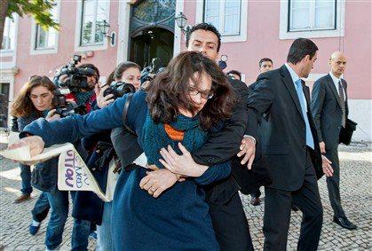 Portugal, 03-03-2013, 9, epithesi se Troika