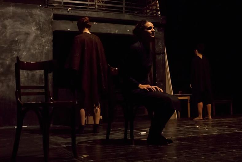 θεατρική παράσταση Sex Trafficking, στο Εμπρός 3