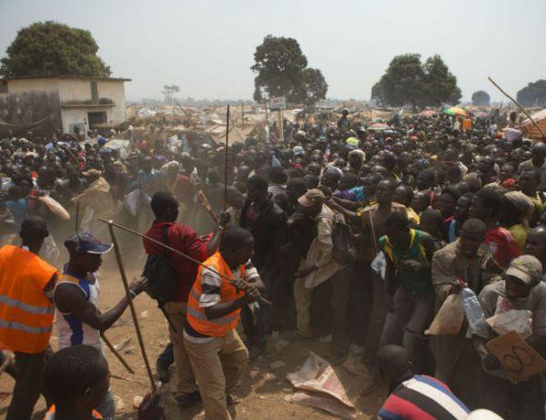 stratopedo-afrikaniki-dimokratia