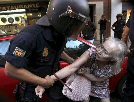 Spain-Ley Mordaza 3