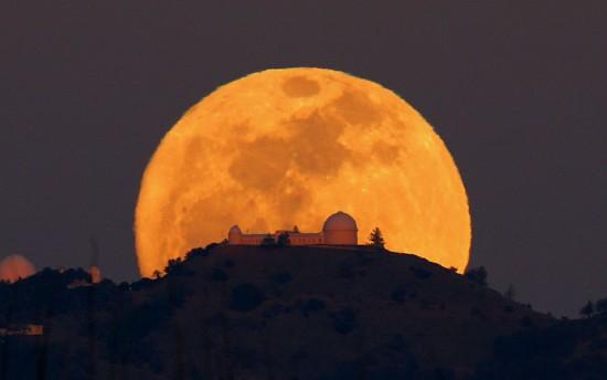 Ματωμένο Φεγγάρι 6